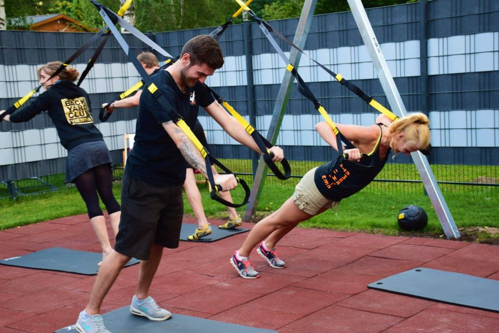 Barracuda_Lounge_Training